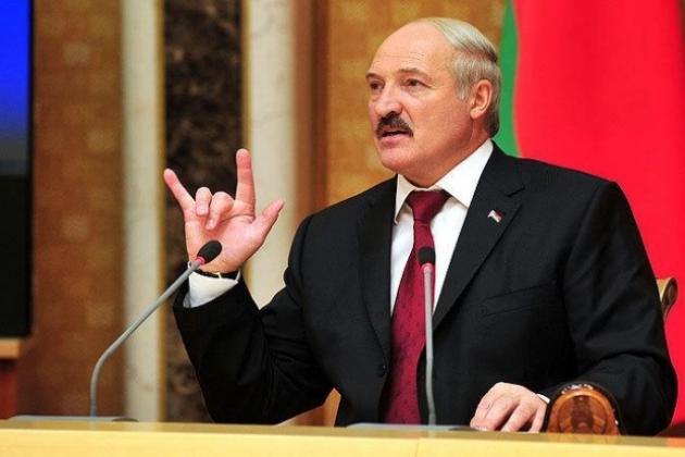 Лукашенко не поедет в Москву на 9 Мая, у него свой парад – в Минске