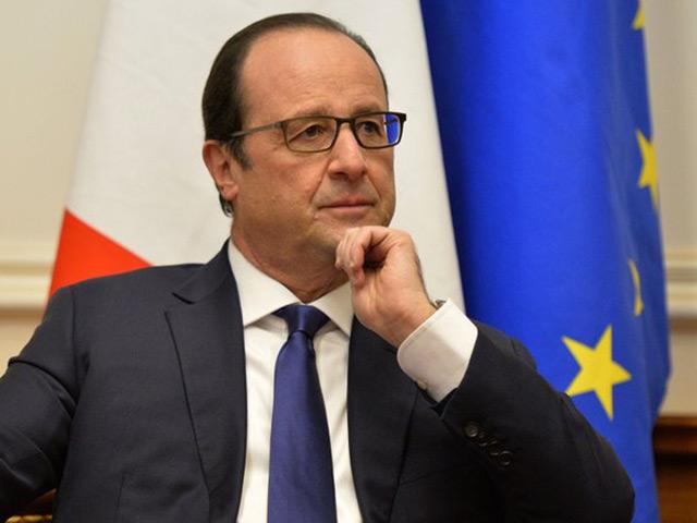 Олланд сказал, о чем будет говорить с Путиным в Ереване