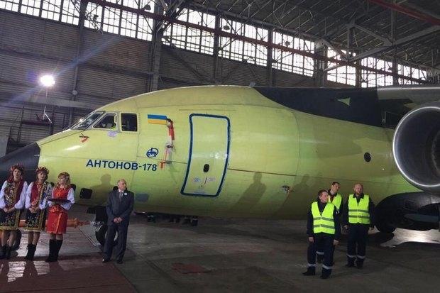 Кабинет министров ликвидировал авиастроительный концерн «Антонов»