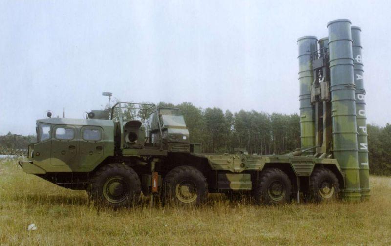 Путин отменил запрет на поставки Ирану зенитных комплексов С-300