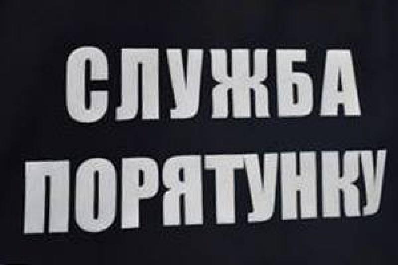 Кому Пасха, кому работа: вчера николаевским спасателям пришлось трижды вызволять «заложников дверей»