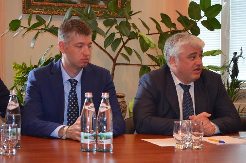 Представлен исполняющий обязанности начальника  Администрации  Николаевского морского порта  Александр Попов