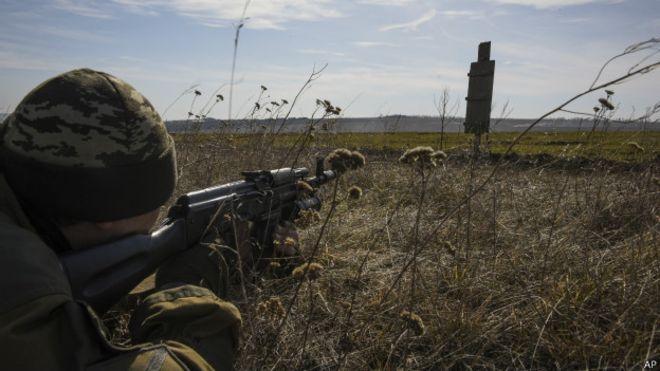 Боевики 10 раз обстреляли позиции ВСУ на Донбассе, без потерь – штаб ООС