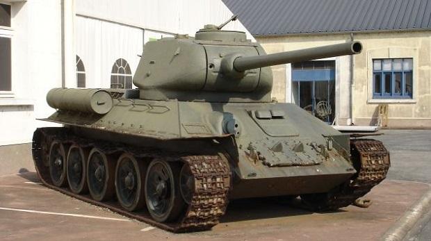 На латвийско-белорусской границе задержан танк Т-34