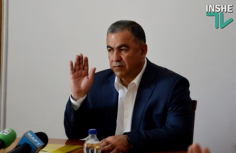 Гранатуров уехал в Киев, чтобы обсудить с Гройсманом децентрализацию, местное самоуправление и будущие выборы