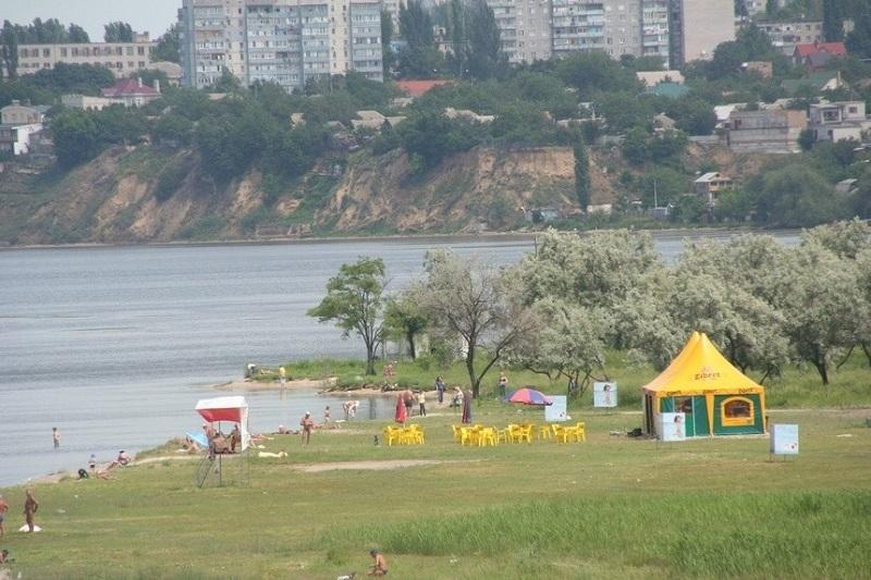 В Николаеве обсудили подготовку к купальному сезону: возле пляжа «Стрелка» водится малярийный комар, с которым планируют нещадно бороться