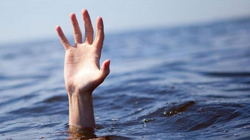 У греческого побережья едва не утонули четыре украинца