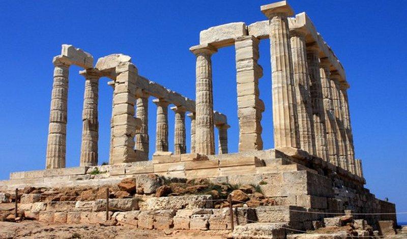 Греция открыла въезд для украинских туристов