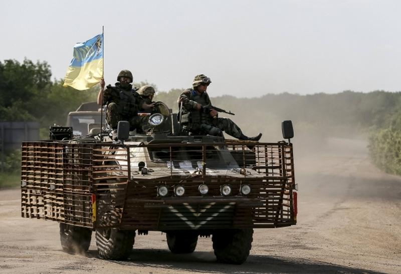 """На Донбассе сохраняется """"тишина"""" в день выборов"""