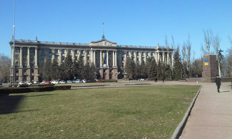 Долги «Гуртожитка» перевалили за 16 млн.грн. – директор просит николаевских депутатов оказать КП финпомощь