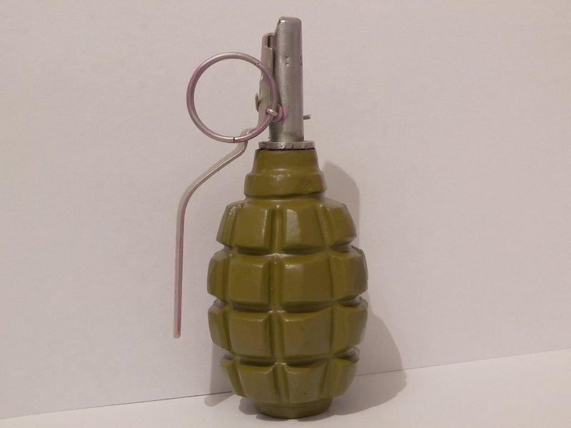 В центральной части Николаева нашли и гранату Ф-1, и взрыватель, и боеприпас