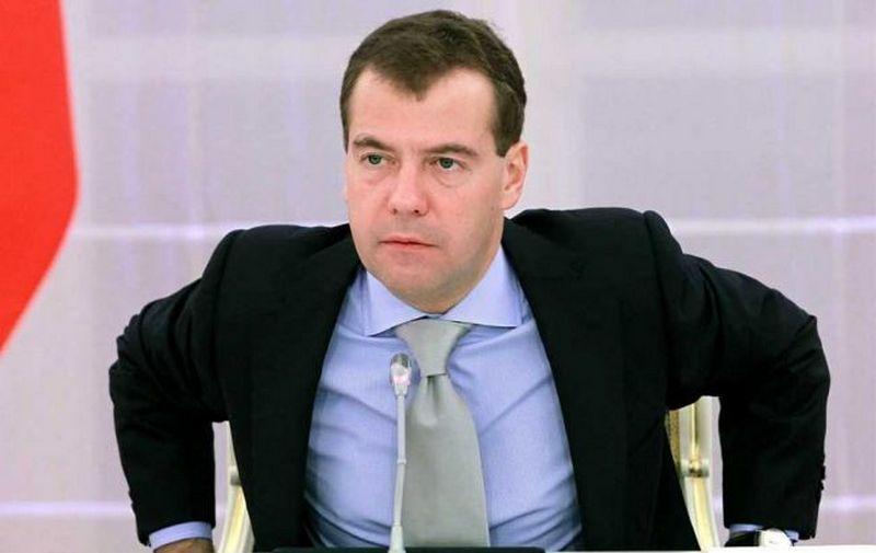 """В РФ Навального обязали удалить из сети фильм """"Он вам не Димон"""""""