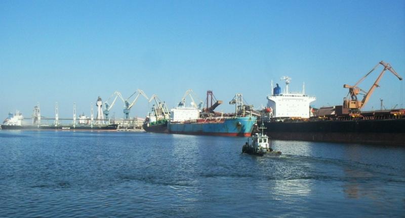 Субботний переполох у проходной МСП «Ника-Тера»: работников порта перепугали милиционеры и люди в военной форме