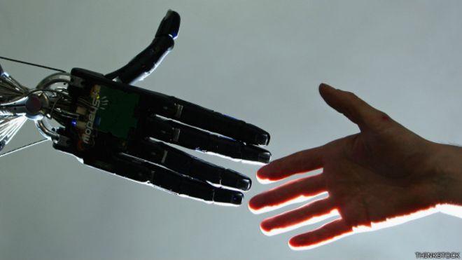 Panasonic выделил 60 млн долларов на разработку робота-прачки