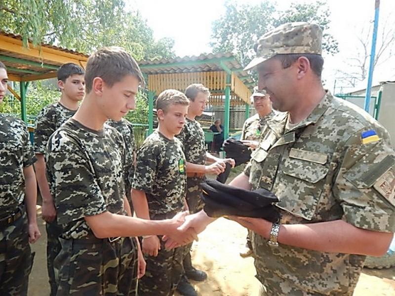 Выпускников военных кафедр ждет призыв в армию на 1,5 года