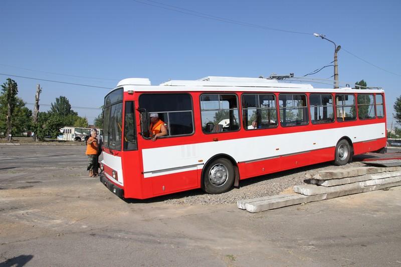 В Николаев прибыли первые б/ушные троллейбусы из Чехии