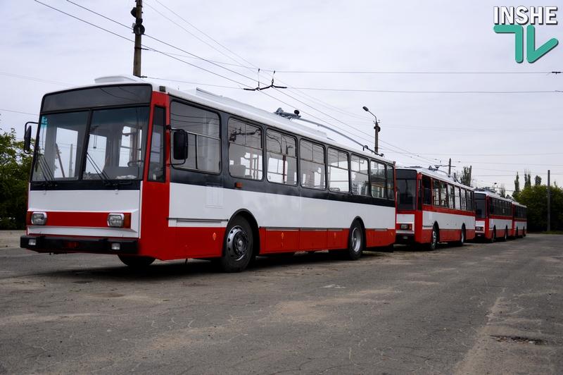 Новое – это хорошо забытое старое: николаевцев бесплатно прокатили на б/ушном троллейбусе Skoda из Чехии