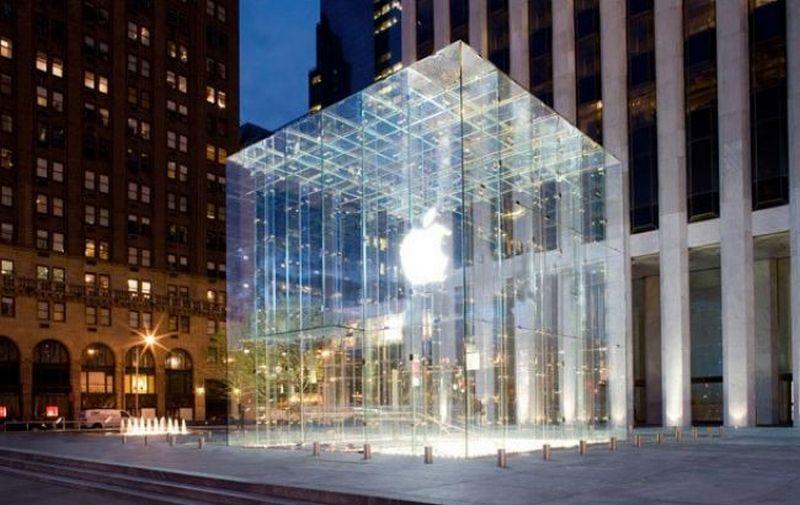 Apple планирует запустить свои беспилотные авто на дороги США