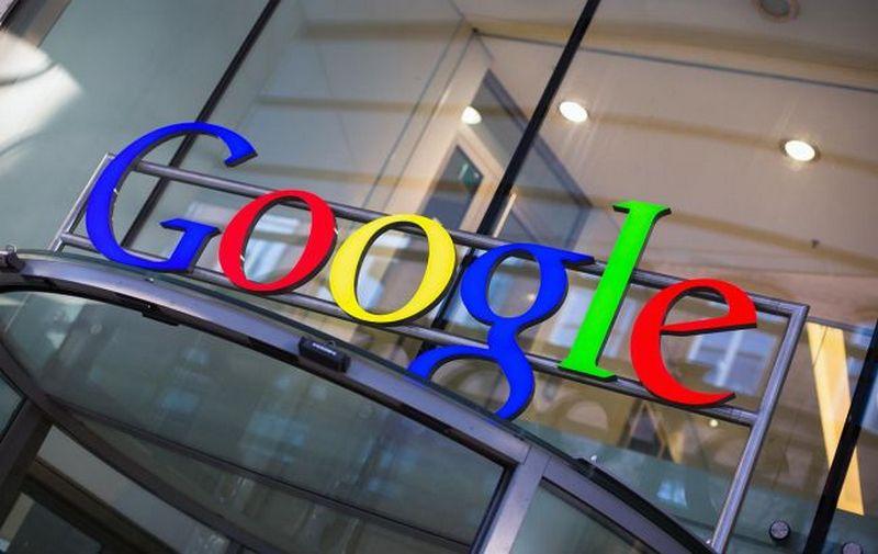 Google запатентовал систему распознавания полицейских машин на дороге