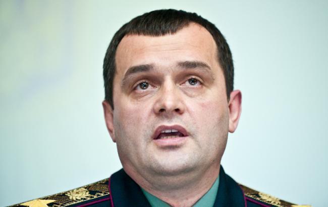 Суд арестовал имущество и средства экс-министра МВД Захарченко в Украине