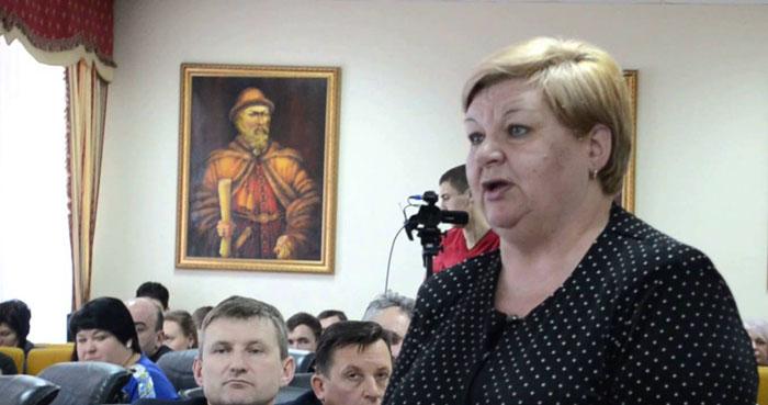 Мэр Первомайска Людмила Дромашко таки незаконно отвела себе землю под строительство гаража