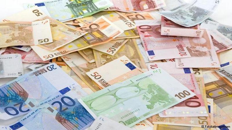 А за что? Просто так! Швейцария хочет выплачивать своим гражданаму по €2250 ежемесячно