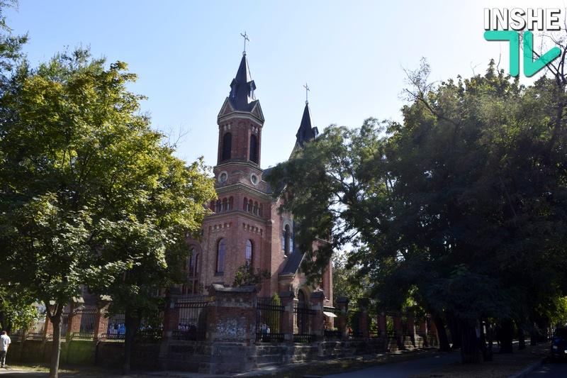 Католический храм в Николаеве, отметивший свое 125-летие, стал санктуарием святого Иосифа (ФОТО)