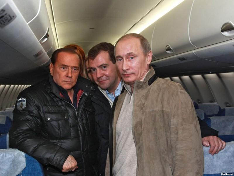 Соскочил. Берлускони отсудил алименты у бывшей жены – она и так богатая