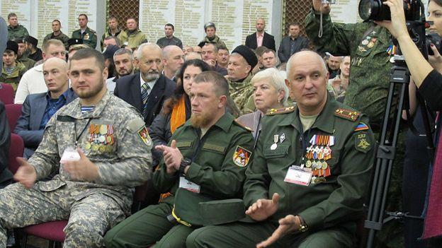 """Боевики на Донбассе """"разыскивают"""" Порошенко: обвинили в убийстве """"Моторолы"""""""