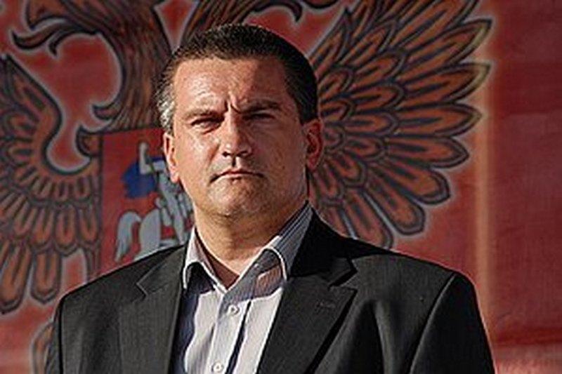 Аксенов хочет через суд отменить санкции Украины против него