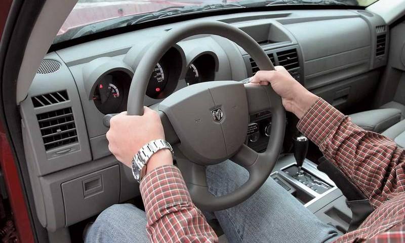 В Украине обновляют водительские права: вводятся коды и ограничения 5