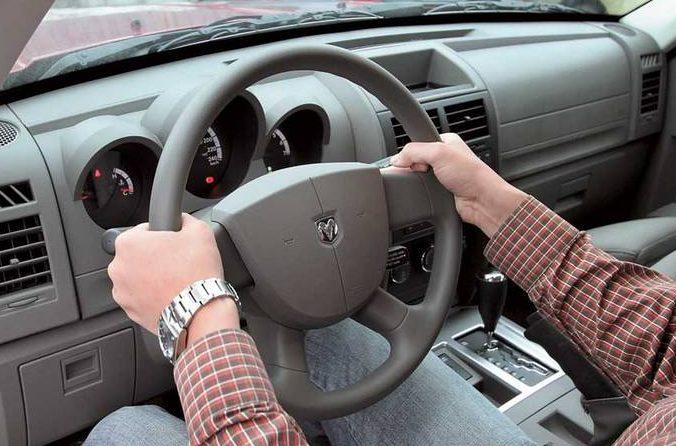В Николаеве водителя, нарушившегося правила на пр.Героев Украины, патрульным удалось догнать только в Варваровке