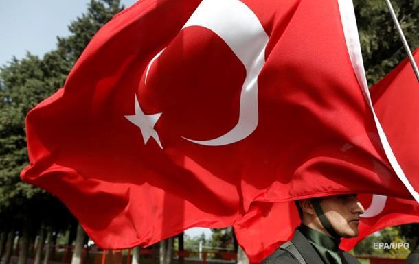В РФ прекращают продажи путевок в Турцию