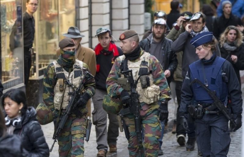 В Брюсселе закрыли метро после повышения уровня террористической угрозы