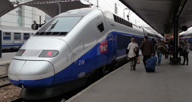 Забастовка железнодорожников остановила все поезда в Австрии