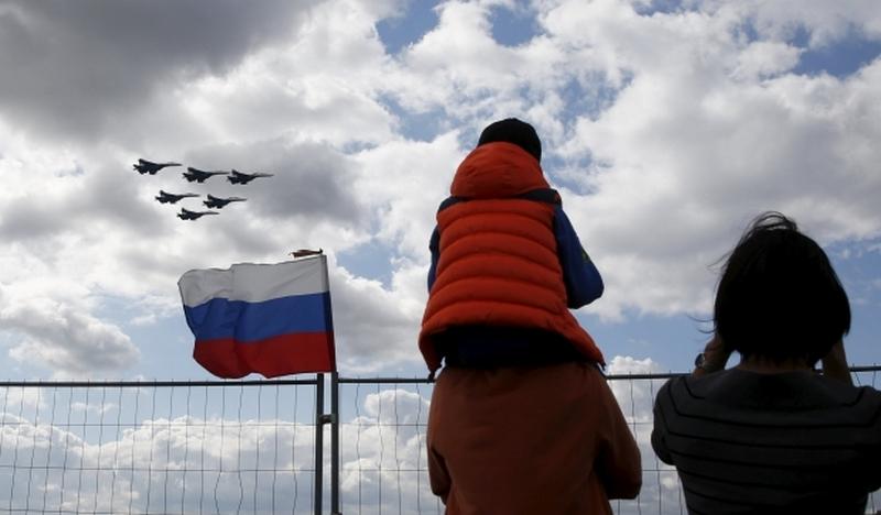 Бюджет РФ недополучит 3 трлн. рублей из-за снижения цен на нефть