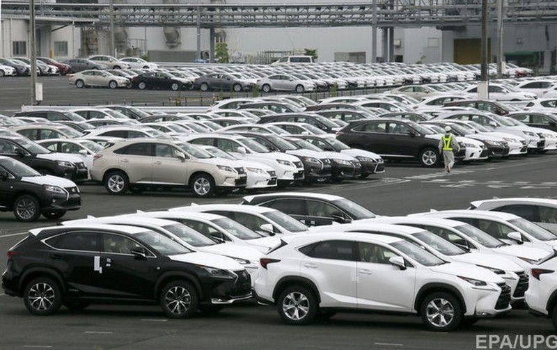 Продажи легковых авто в Украине в феврале выросли на треть