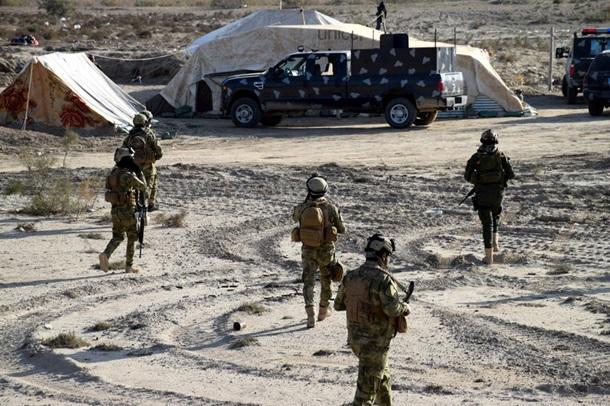 В Ираке боевики-смертники напали на два полицейских участка: погибли, как минимум, 7 полицейских