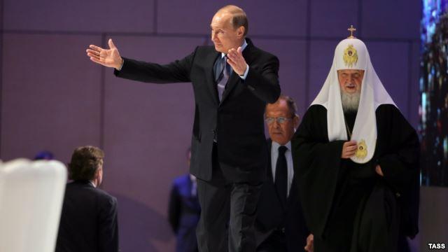 В РПЦ считают, что Путин готовит замену Кириллу за провал украинского направления