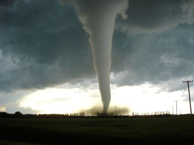 Жертвами торнадо в США стали уже 14 человек