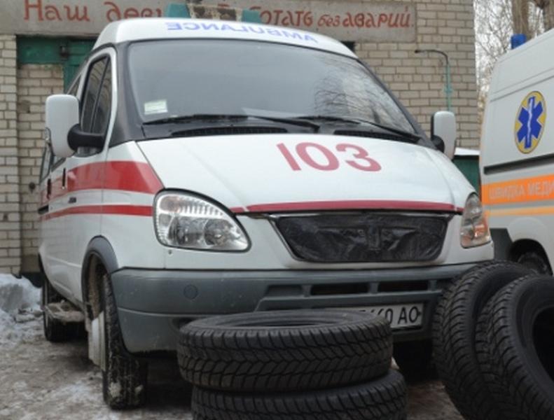Нардеп Ильюк подарил николаевской «скорой» два комплекта зимних шин