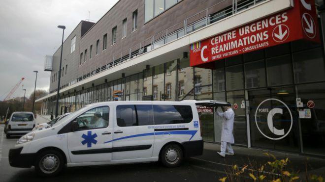 Во Франции после испытания нового лекарства у добровольца констатировали смерть мозга