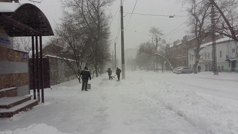 Мэр Николаева Александр Сенкевич призвал горожан взять в руки лопаты