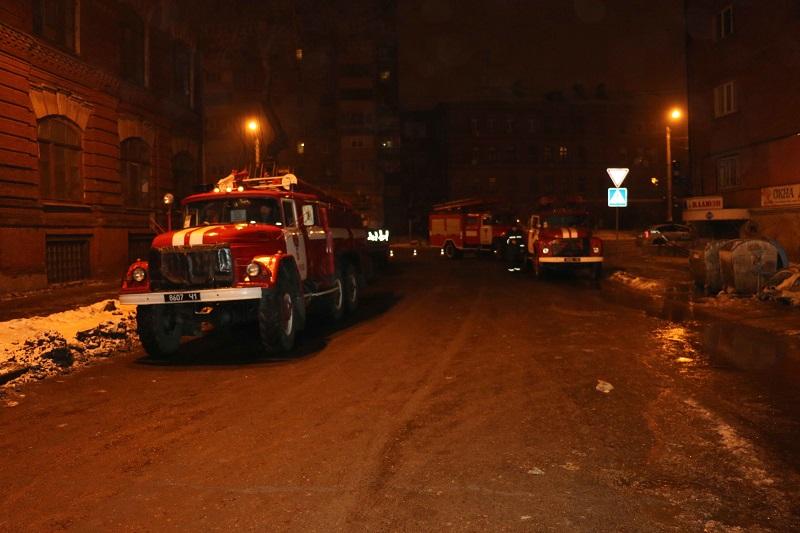 Масштабный пожар в Харькове — горело два дома и гаражи