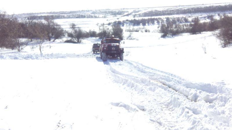Трех девочек-погодок с высокой температурой спасатели Николаевщины своевременно доставили в больницу