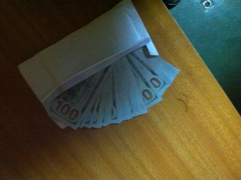 Граждане, сдавайте валюту: сотрудники Николаевской таможни нашли припрятанные сирийским капитаном $5,9 тыс.