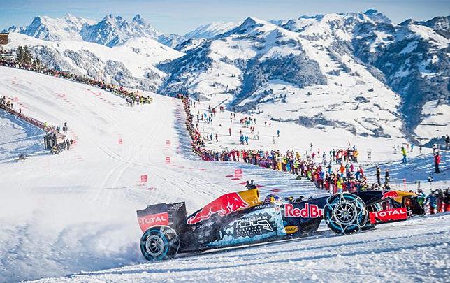 Пилот Формулы-1 проехал на чемпионском болиде по горнолыжной трассе
