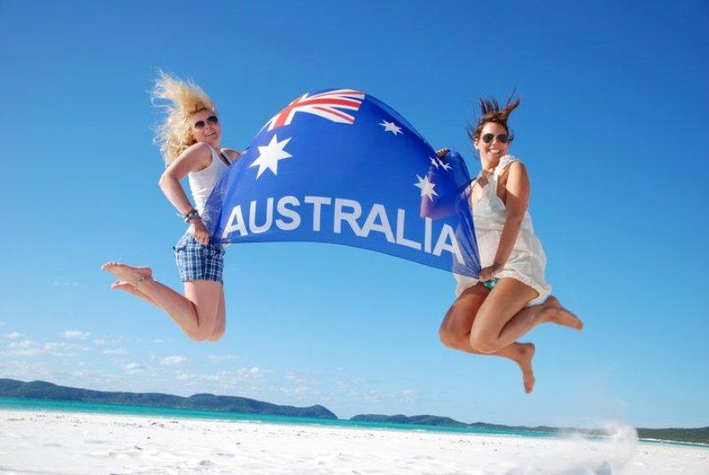 Австралия проведёт референдум по легализации однополых браков