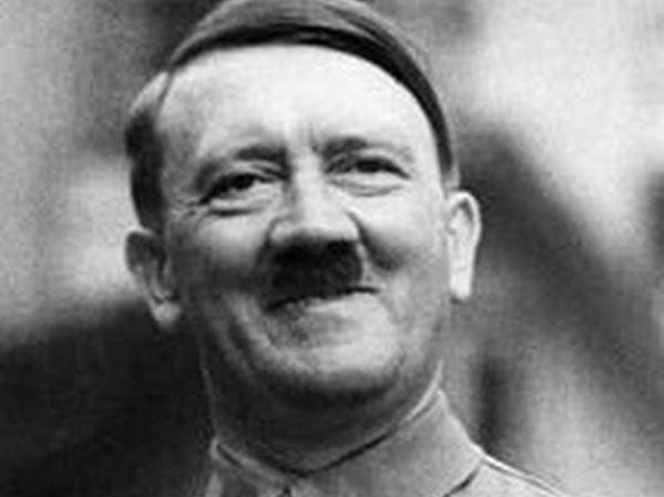 В Германии «Майн кампф» Гитлера стала хитом продаж в 2016