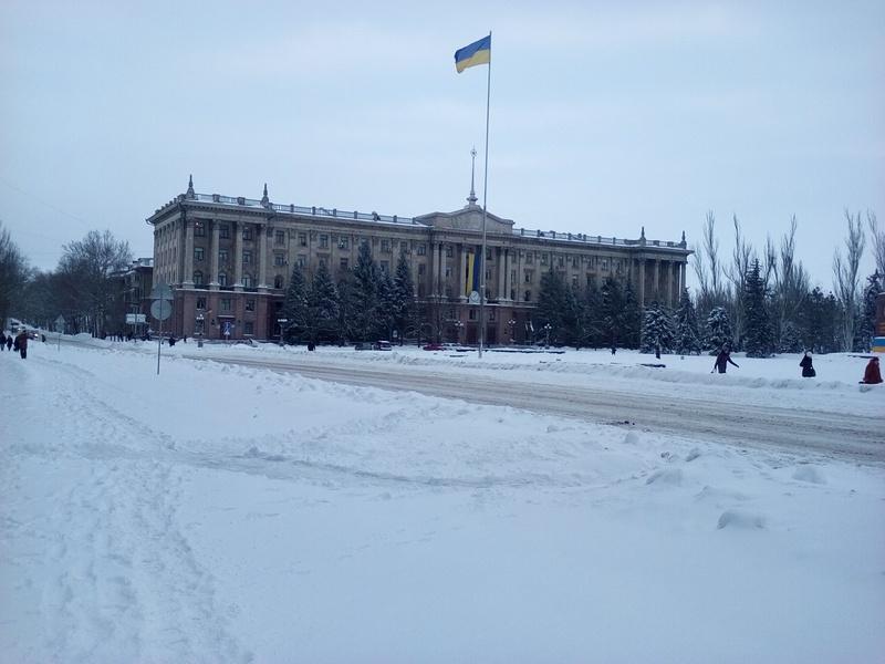 В Николаеве депутаты собрались на внеочередную сессию горсовета, но кворума не было